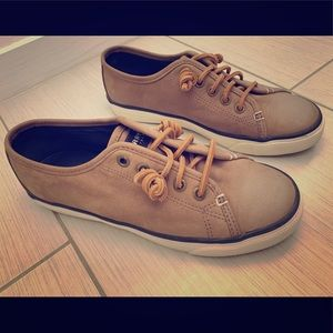 Sperry Top Sider slip on leather sneakers